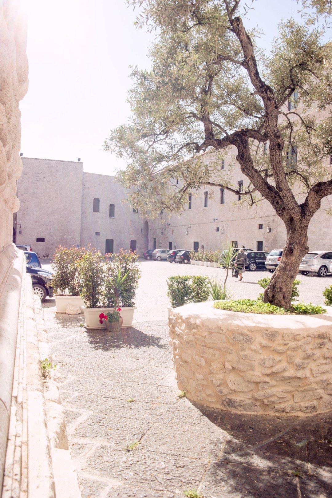 travel in italy: bari