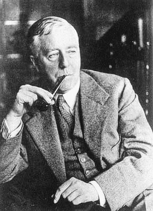 Sir James Hopwood Jeans fut un physicien, astronome et mathématicien anglais.