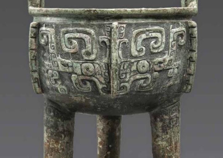 Récipient à vin en bronze archaïque de la dynastie Jue Xia, culture Erlitou