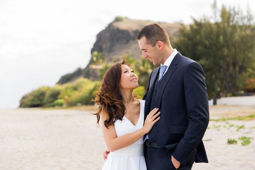 couple-iledelareunion-974-plage-tropical-shooting-seancephoto-trashthedress-photographe-dayafter