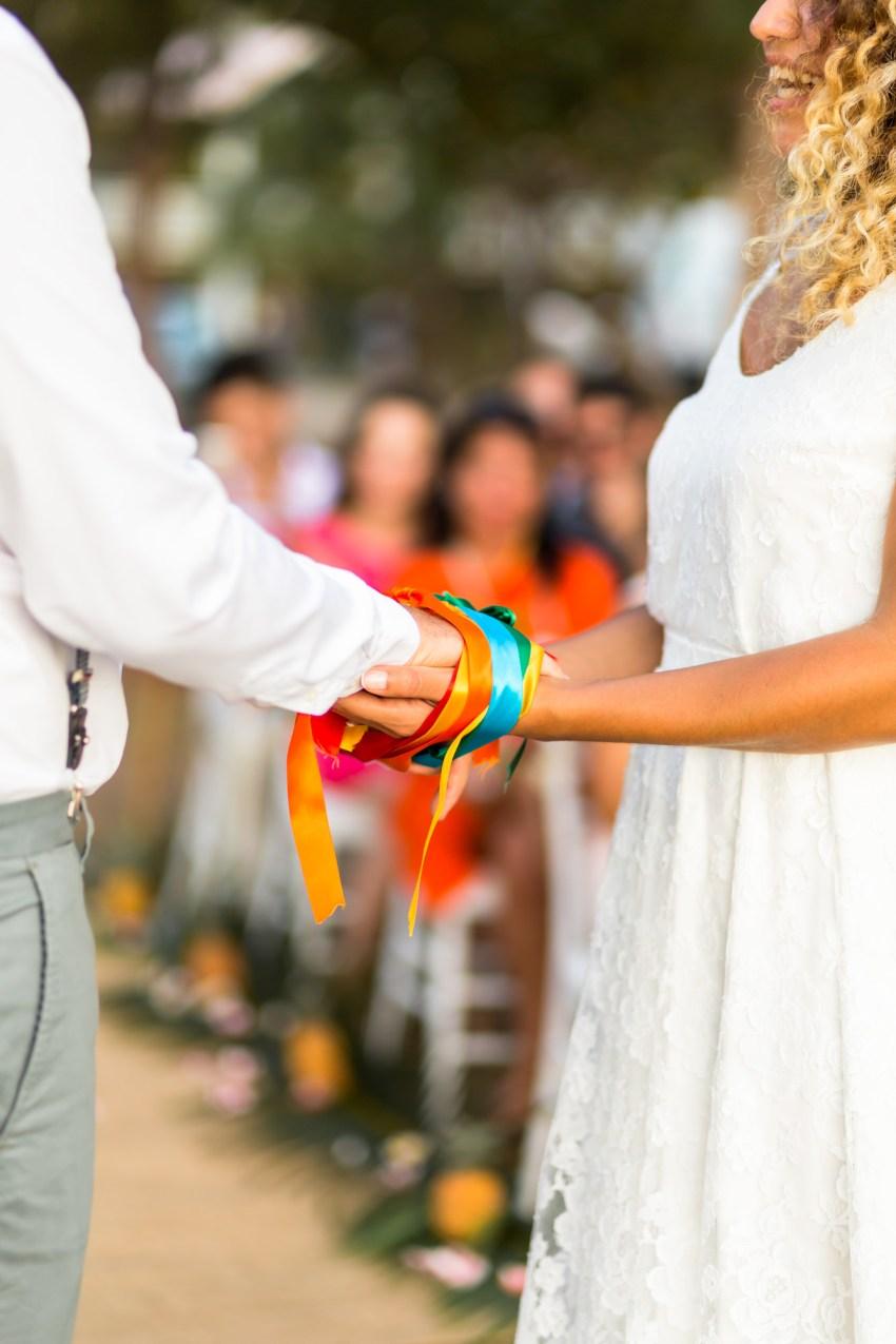 Rituel des rubans au coeur d'une cérémonie laique