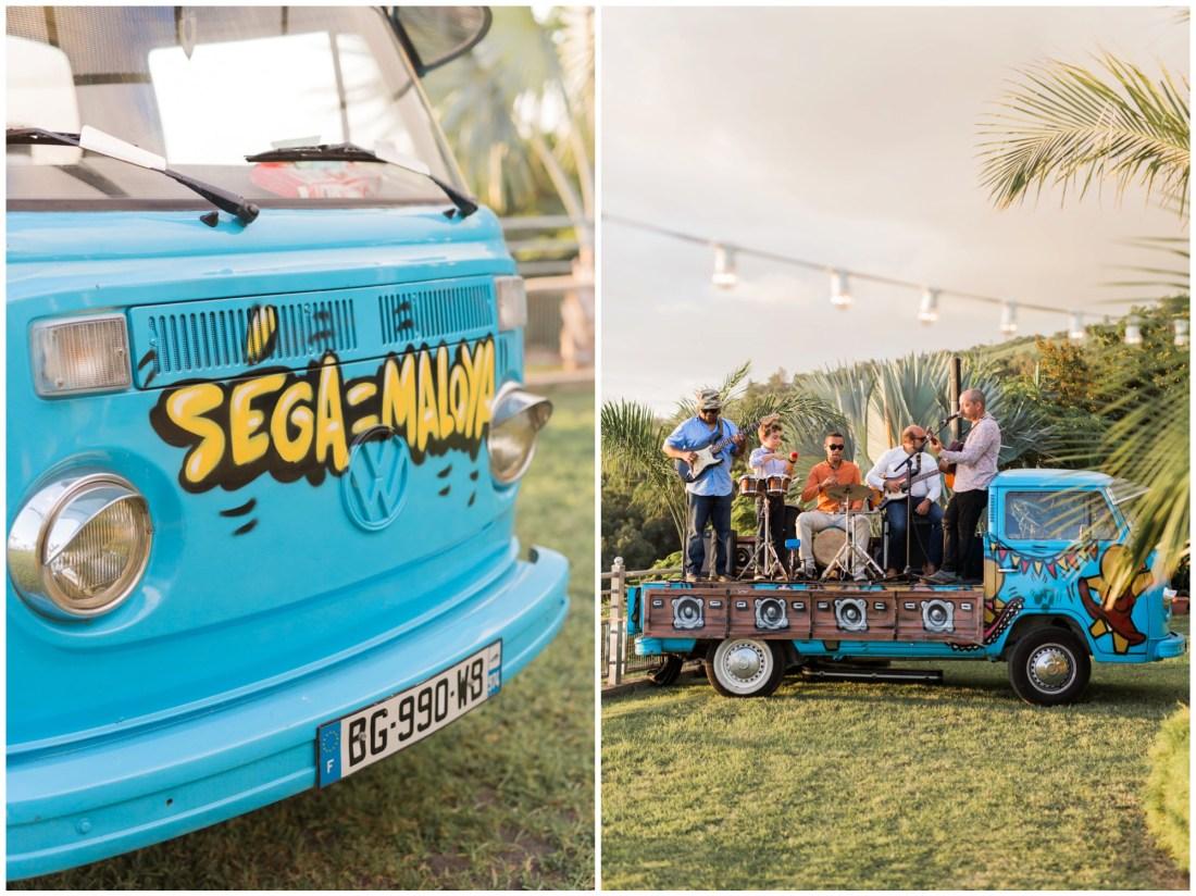 Groupe de musique lors d'un mariage éco-responsable au jardin d'ama