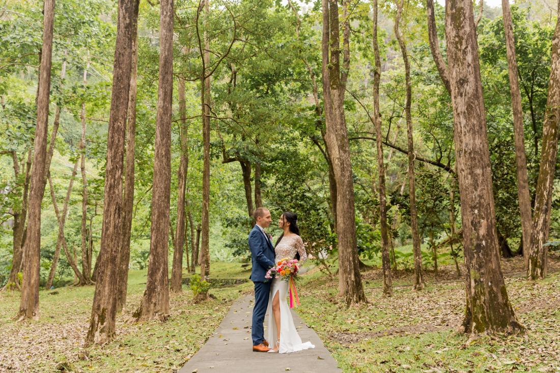 Photo de couple lors d'un mariage dans l'Est de la Réunion