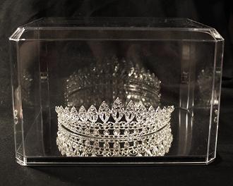 crown display case