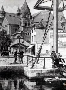 Graanmarkt 1935 vanaf ophaalbrug
