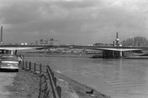Kennedybrug laatste verbindingstuk 2