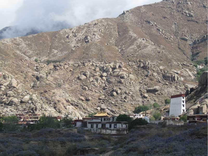 Sera Monastery full view