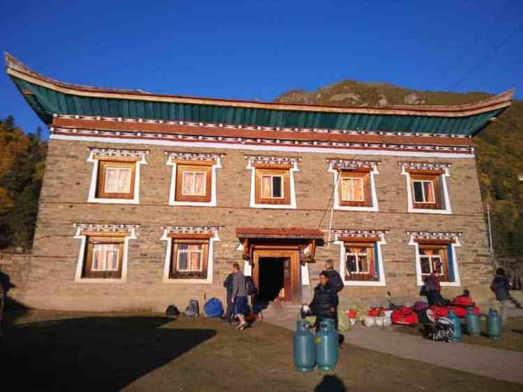 gongga trek guesthouse