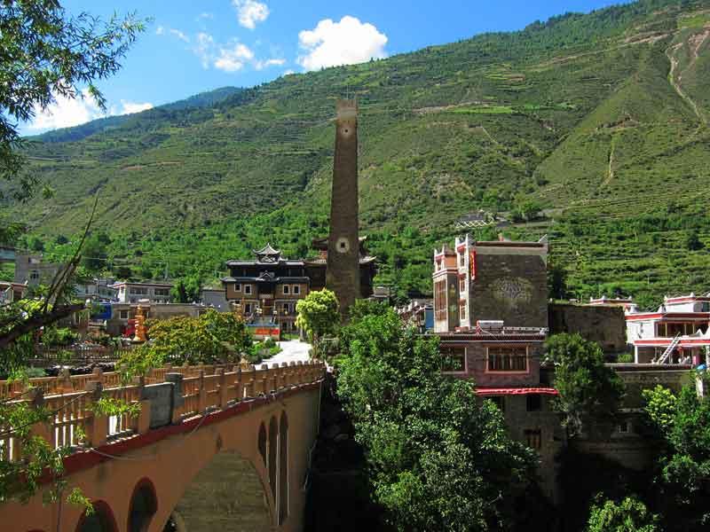 wenchuan tibetan village