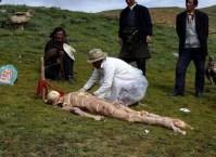 جسد منتظر تکه تکه شدن تبت