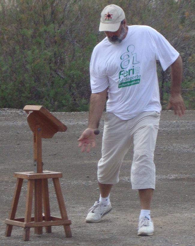 Vuelven los talleres de pelotamano con la Consejería de Deportes del Cabildo y el maestro Juan Manuel Hernández Auta