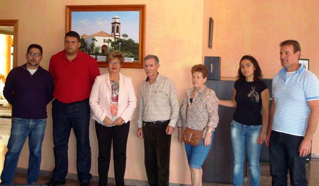 El Ayuntamiento de Antigua y la Sociedad de Cazadores Los Halcones reconocen la labor del campeón de caza menor Ismael Tragacete Fernández