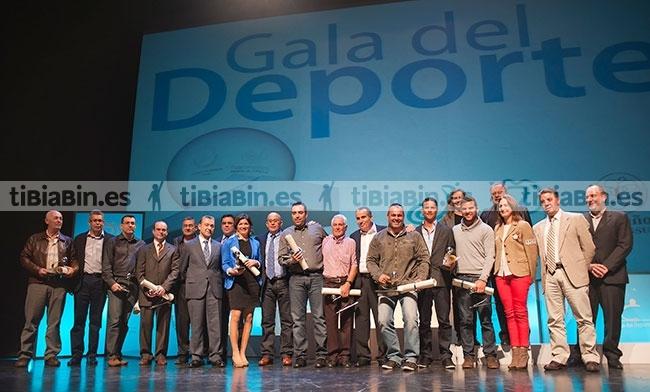 Orlando Medina Castañeyra, la AD Los Toscones, el Centro Comercial El Campanario y la Selección Infantil Masculina de Bola Canaria reciben los primeros Premios del Deporte de Fuerteventura