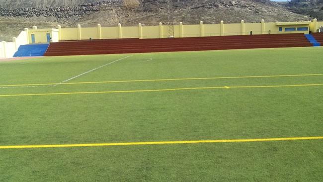 El Ayuntamiento de Pájara pinta los 2 campos de Fútbol 8, en el Campo Municipal de Fútbol de La Lajita