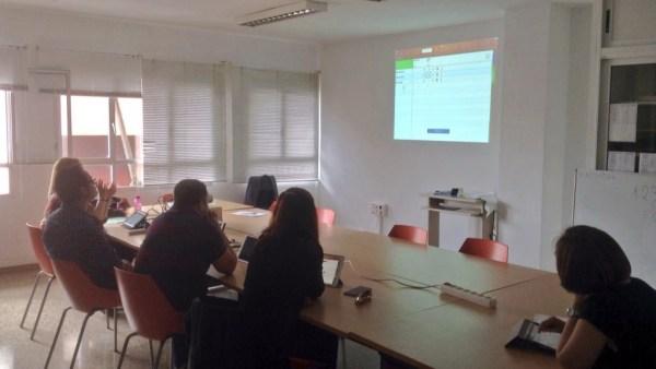 Sesión de trabajo en el aula durante el curso 2016-17