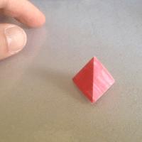 Tetraedro construido con dos tiras de papel
