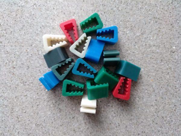 Un puñado de pinzas (clipits)