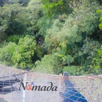 la altura de los puentes varía hasta los 60 metros
