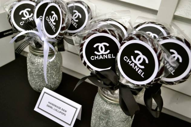 Chanel themed party lollipops