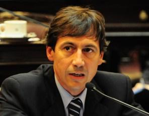 Luis Petcoff Naidenoff (UCR, Formosa)