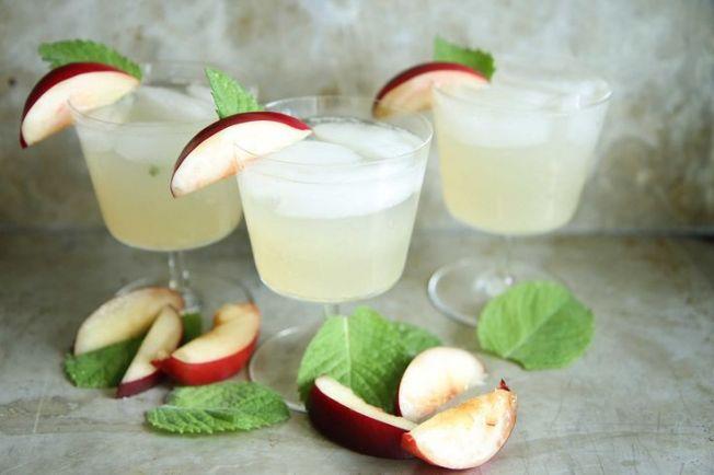 Nectarine Gin Ginger Fizz