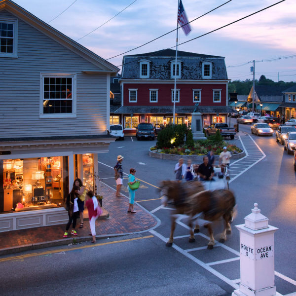 Kennebunkport downtown area with people and cars