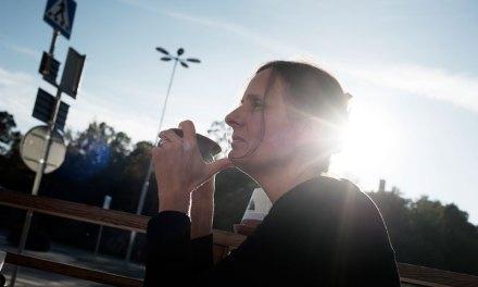 Susanna Alakoski går på känslan