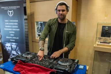 DJ Tom Boye bidro til god stemning.