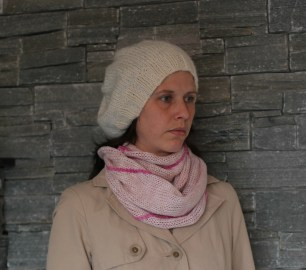 Sjal på Prym Maxi strikkemølle