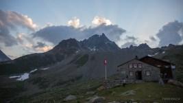 Abendstimmung bei der Es-cha - Hütte