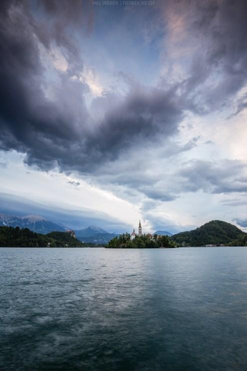 Imposante Wolken über Bled