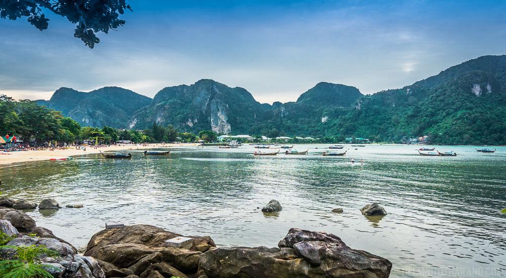 Loh Dalum Bay Beach   Koh Phi Phi