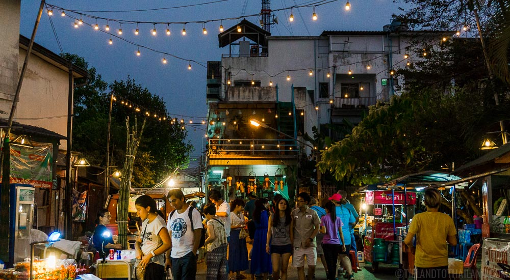 Is Thai food safe to eat? Look out for long lines.