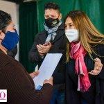 Menéndez junto a funcionarios de la provincia y el municipio de Merlo entregó escrituras y adjudicaciones de vivienda