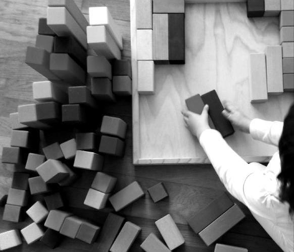 """4 NOVIEMBRE: """"Cómo escoger  juguetes y materiales que acompañen el juego infantil"""""""