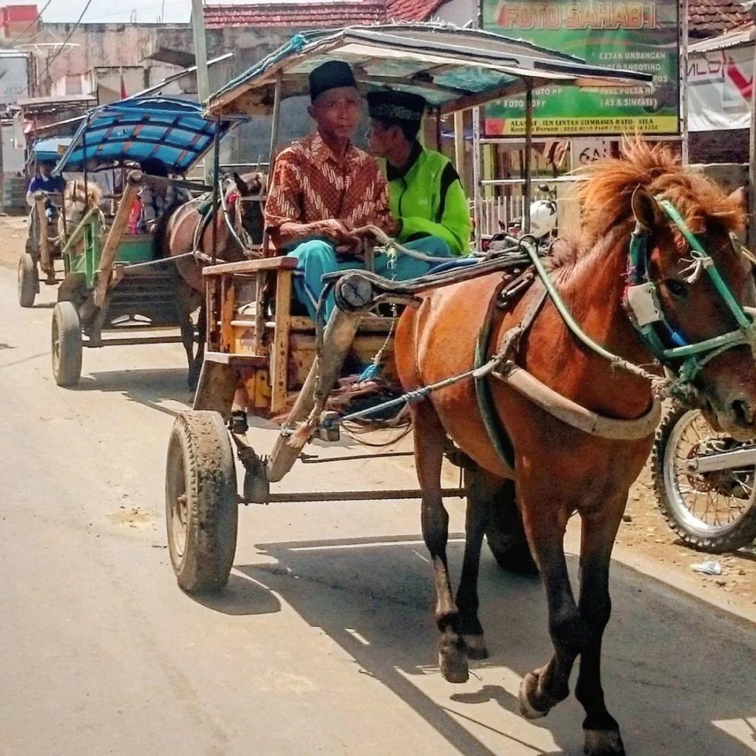Carro en Sumbawa, Indonesia, Sudeste Asiatico @tiempodexplorar 2016