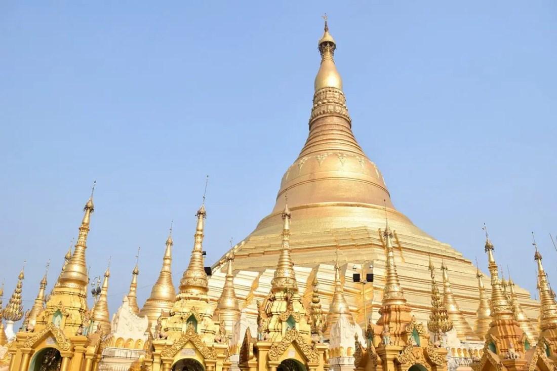 Shwedangon-pagoda-yangon-cima