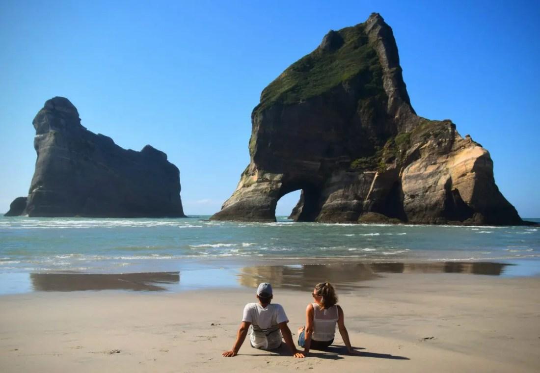 Wharariki Beach que ver isla sur nueva zelanda