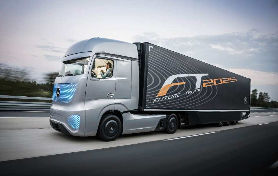mercedes-benz_future_truck_2025.jpg
