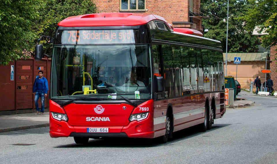 scania_bus_hibrido_2.jpg