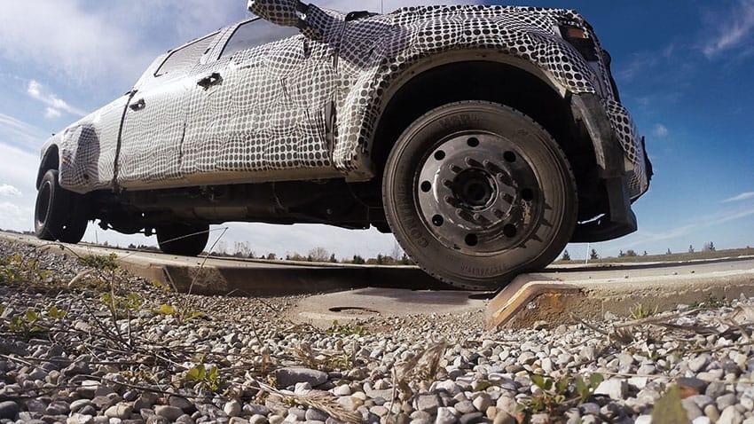 ford_comparte_con_otras_automotrices_sus_innovaciones_con_robots_desa.jpg