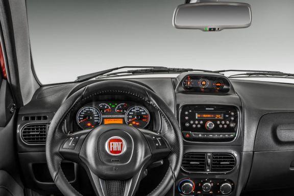 Fiat_Strada_3