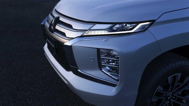 Mitsubishi_Montero_Sport_3