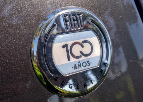 Fiat_Cronos_100_1