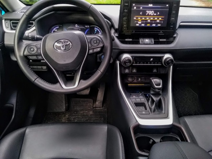 Toyota_Rav4_test_int1
