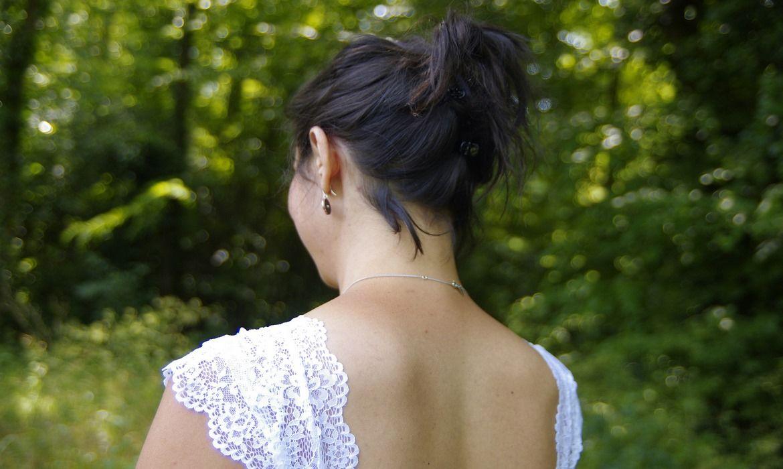 acné en el pecho y la espalda