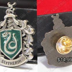 Broche Libros Harry Potter Ecuador Comprar Venden, Bonita Apariencia, practica, Hermoso material bronce Color plateado Estado nuevo