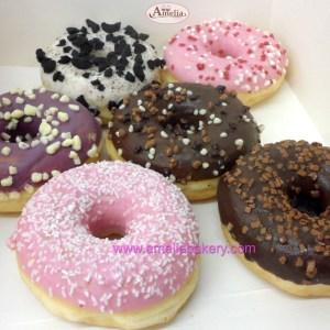 Donut caja de 6 unidades sabores variados