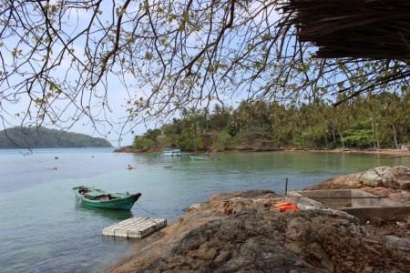 Con thuyền bến nước giống một nơi nào đó ở vùng Đồng bằng Bắc Bộ?