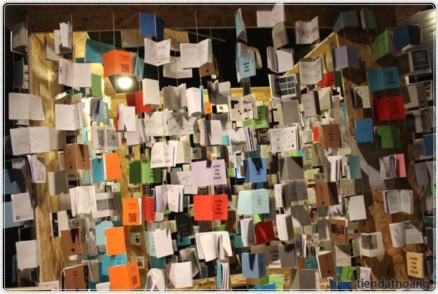 Sách, sách và sách.